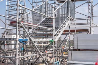 Rusztowanie budowlane - zalety i wady zakupu oraz wypożyczenia